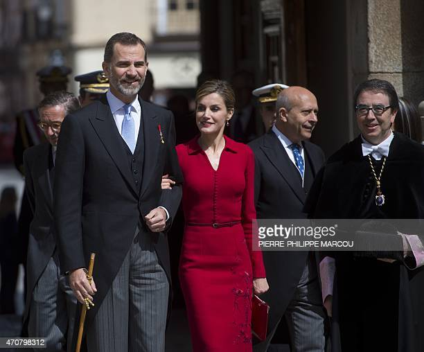 Spain's King Felipe VI and his wife Queen Letizia arrive at the university of Alcala de Henares on April 23 2015 to take part in the Cervantes...