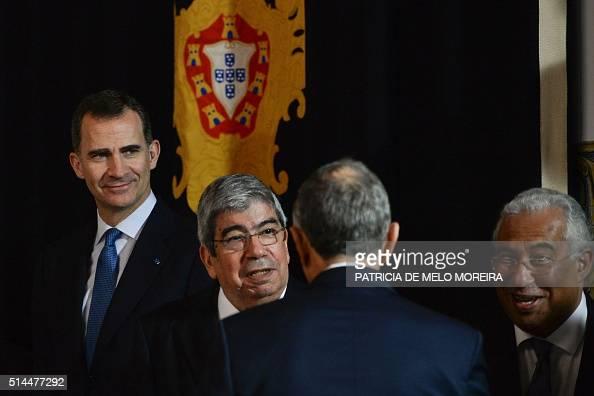Spains king felipe vi l president of the portuguese assembly spains king felipe vi l president of the portuguese assembly eduardo ferro rodrigues 2l and portuguese prime minister antonio costa r greet newly m4hsunfo