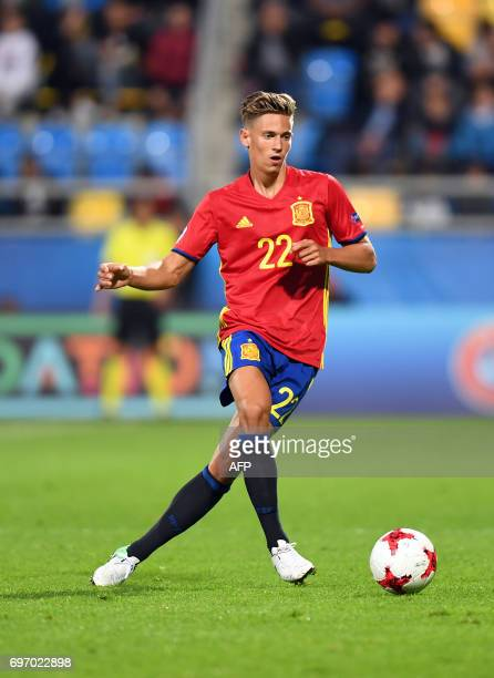 Spain's midfielder Marcos Llorente controls the ball during the UEFA U21 European Championship Group B football match Spain v Macedonia in Gdynia...