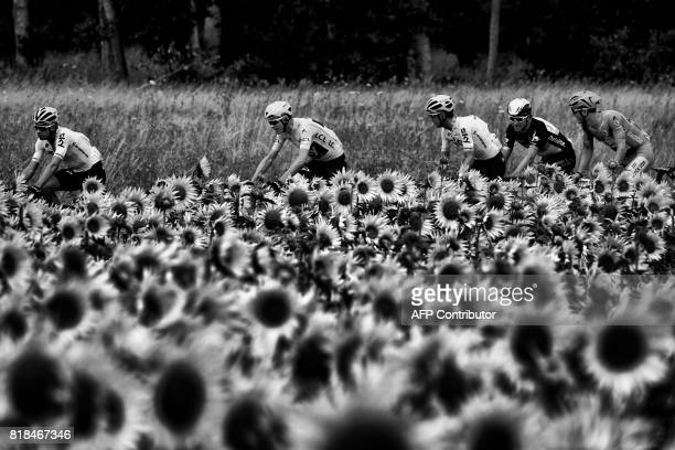 Spain's Mikel Landa Great Britain's Christopher Froome wearing the overall leader's yellow jersey Spain's Mikel Nieve Norway's Edvald Boasson Hagen...