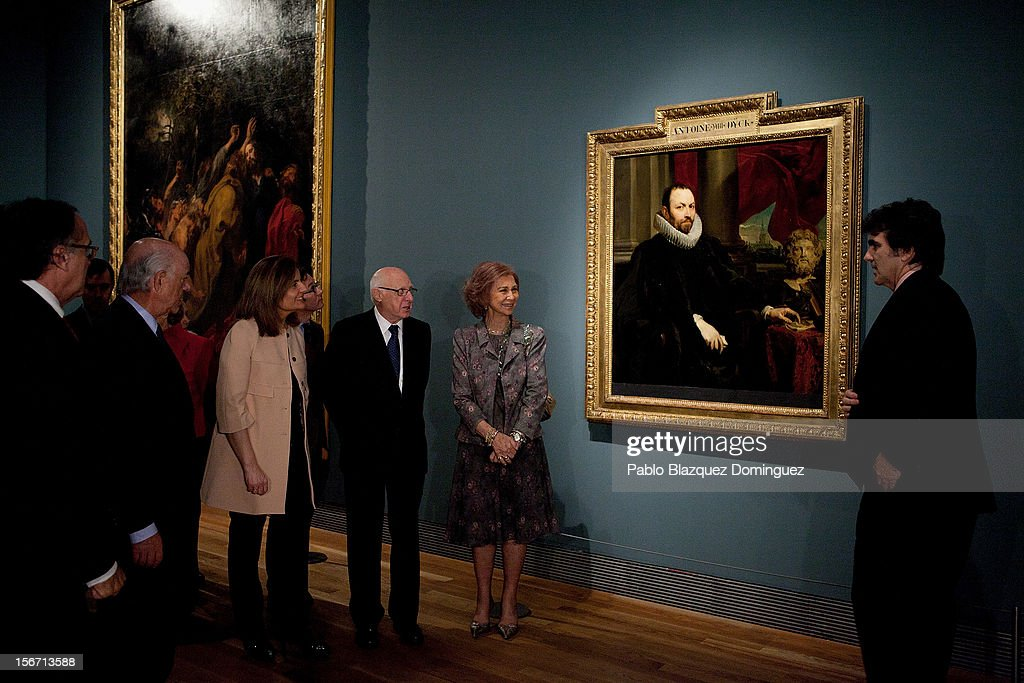 Spain's Minister of Employment and Social security Maria Fatima Banez Garcia (3L) and Queen Sofia of Spain (2R) attend 'El Joven Van Dyck' exhibition at the Prado Museum on November 19, 2012 in Madrid, Spain.
