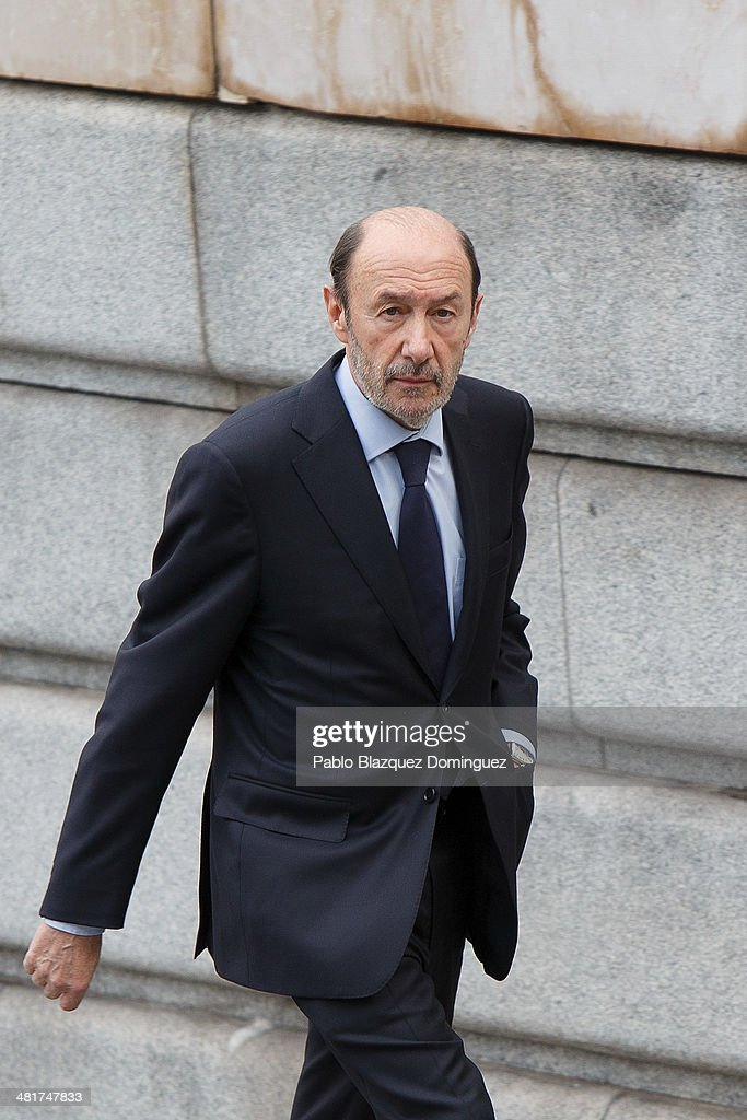Spain's opposition Socialist Party (PSOE) leader <a gi-track='captionPersonalityLinkClicked' href=/galleries/search?phrase=Alfredo+Perez+Rubalcaba&family=editorial&specificpeople=692536 ng-click='$event.stopPropagation()'>Alfredo Perez Rubalcaba</a> arrives to the state funeral for former Spanish prime minister Adolfo Suarez at the Almudena Cathedral on March 31, 2014 in Madrid, Spain. Suarez, who died on March 23 in Madrid, was the first democratically elected Spanish prime minister after the death of dictator General Francisco Franco.