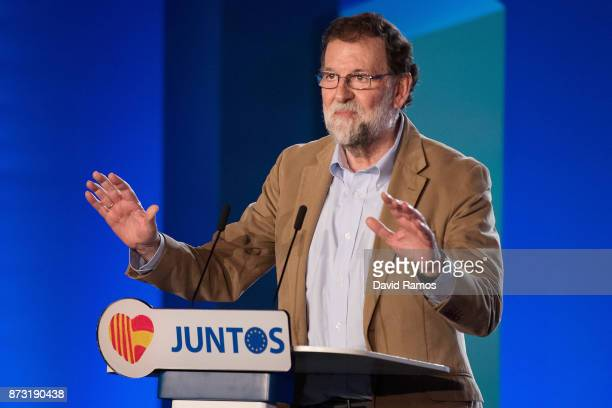 Spain's Prime Minister Mariano Rajoy speaks during a PPC rally on November 12 2017 in Barcelona Spain Spain's Prime Minister Mariano Rajoy is in...