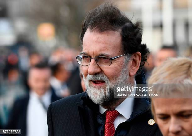 Spain's Prime minister Mariano Rajoy walks to the luncheon during the European Social Summit in Gothenburg Sweden on November 17 2017 / AFP PHOTO /...
