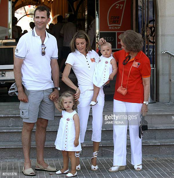 Spain's Princes Felipe and Letizia pose with their daughters Leonor and Sofia and Queen Sofia at the Palma yacht club in Palma de Mallorca on July 29...