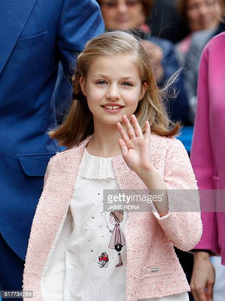 Spain's Princess Leonor waves before attending the traditional Mass of Resurrection in Palma de Mallorca on March 27 2016 REINA