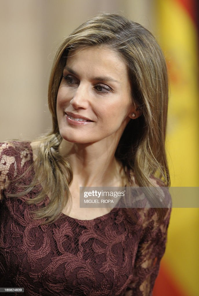 Spain's Princess Letizia smiles during an official audience of the 2013 Prince of Asturias Awards laureates at the Reconquista Hotel of the northern Spanish city of Oviedo on October 25, 2013.