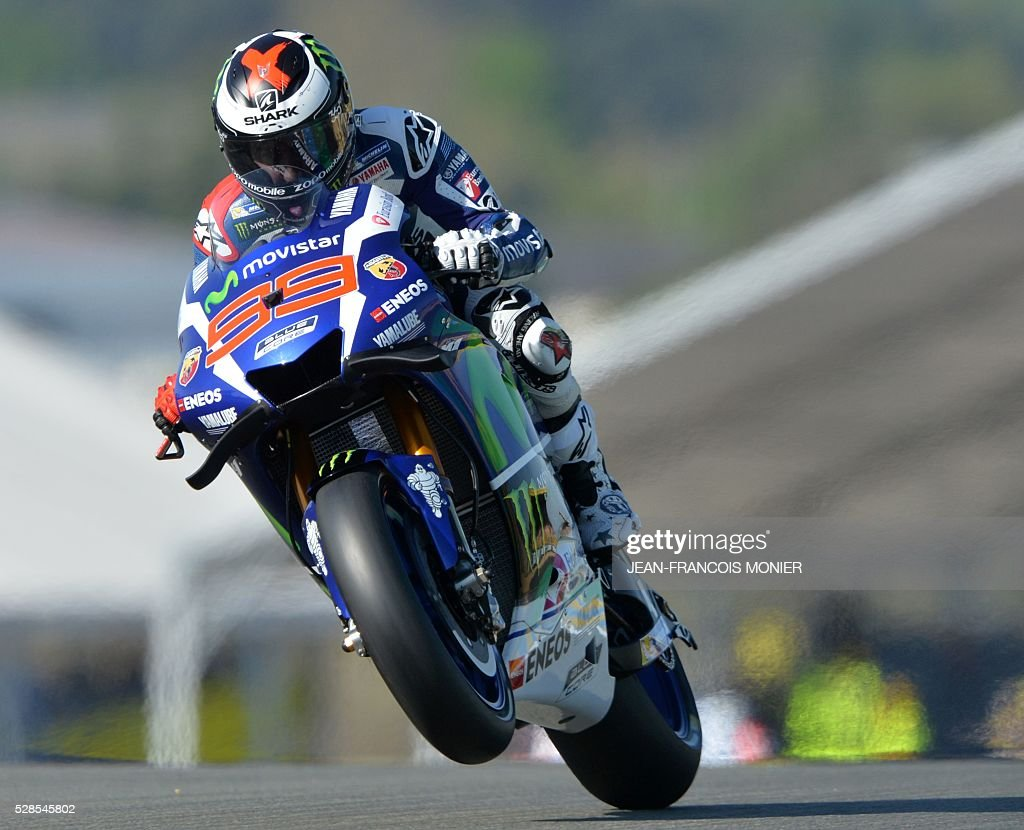 Spain's rider Jorge Lorenzo competes on his Movistar Yamaha MOTOGP N��99 during a motoGP free practice session, ahead of the French motorcycling Grand Prix, on May 6, 2016 in Le Mans, northwestern France. / AFP / JEAN
