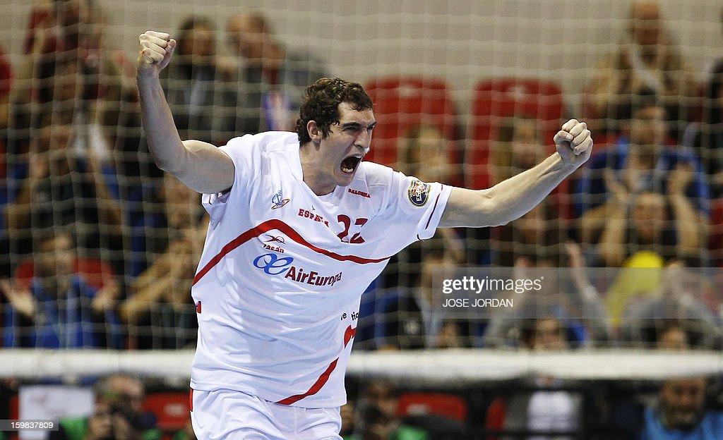 Spain's right back Angel Montoro celebrates after scoring during the 23rd Men's Handball World Championships round of 16 match Serbia vs Spain at the Pabellon Principe Felipe in Zaragoza on January 21, 2013. AFP PHOTO/ JOSE JORDAN