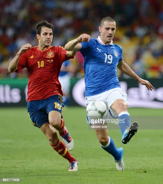 FUSSBALL EUROPAMEISTERSCHAFT Spanien Italien Cesc Fabregas gegen Leonardo Bonucci