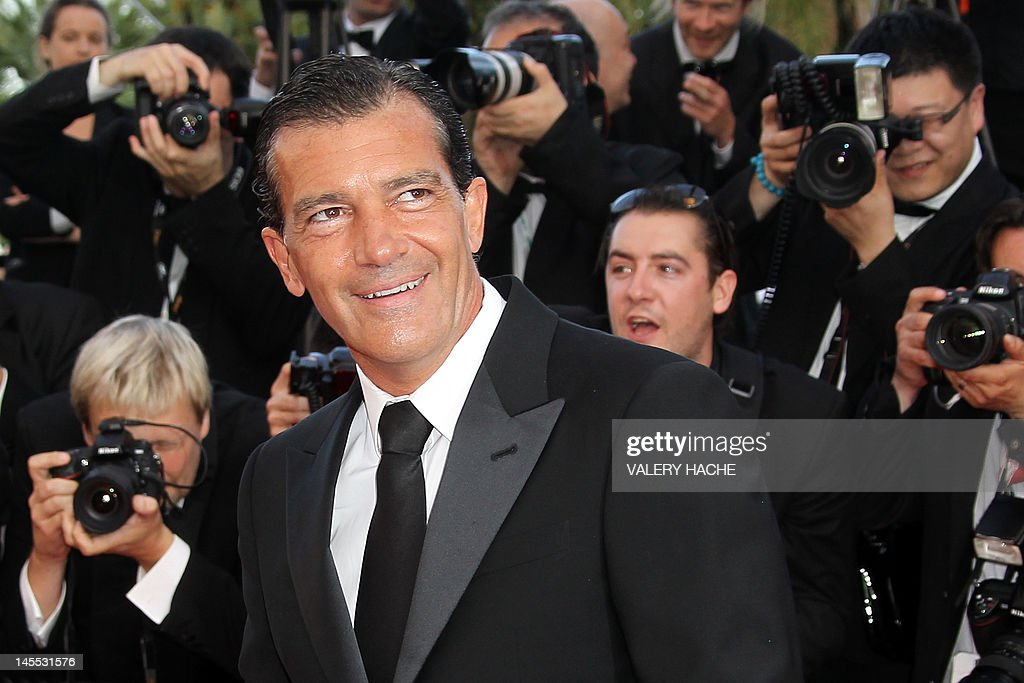 Spanish actor Antonio Banderas arrives for the screening of 'The Paperboy' presented in competition at the 65th Cannes film festival on May 24, 2012 in Cannes. AFP PHOTO / VALERY HACHE