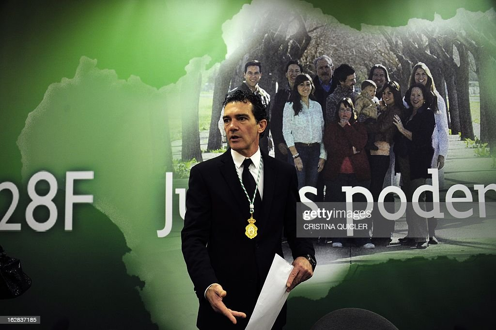 Spanish actor Antonio Banderas gives a speech after receiving the title of Favorite Son of Andalucia during a ceremony at the Maestranza Theatre in Sevilla on February 28, 2013.