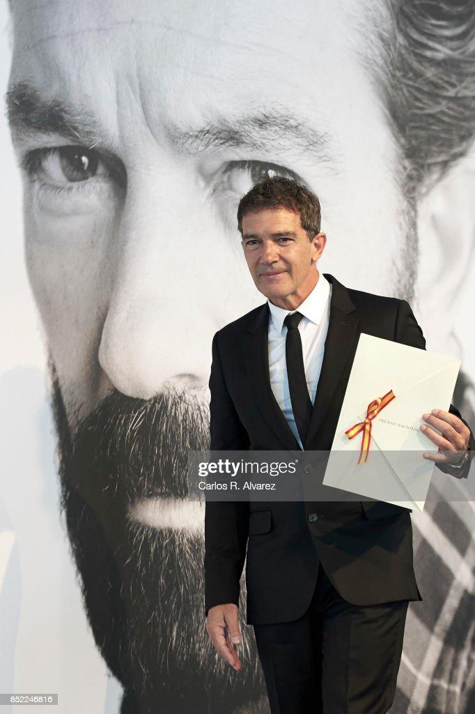 Spanish actor Antonio Banderas receives the National Cinema Award during the 65th San Sebastian International Film Festival at Prisma-Tabakalera on September 23, 2017 in San Sebastian, Spain.