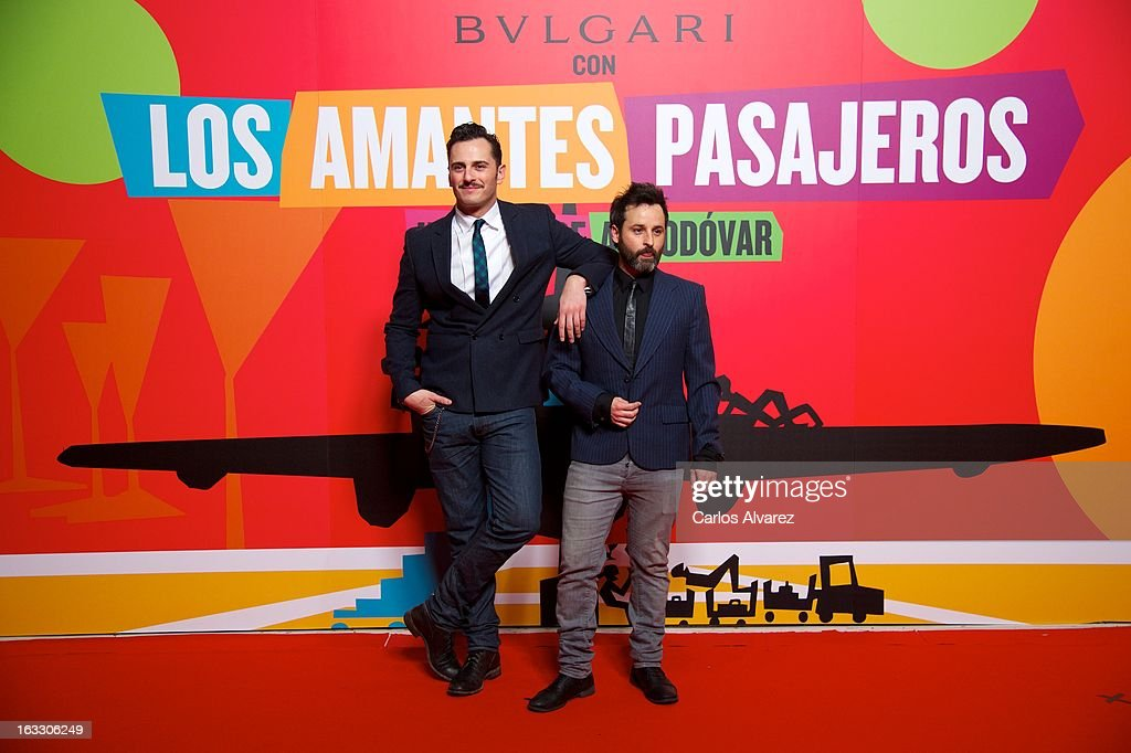 Spanish actor Asier Etxeandia (L) attends 'Los Amantes Pasajeros' premiere party at Casino de Madrid on March 7, 2013 in Madrid, Spain.
