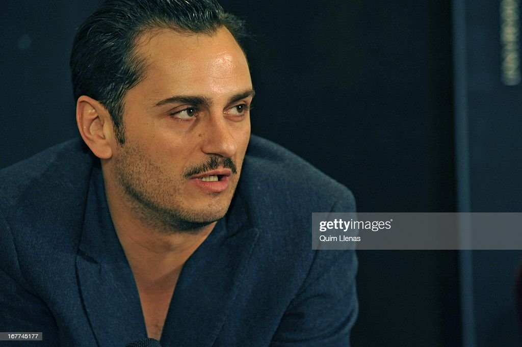 Spanish actor Asier Etxeandia attends the press conference for 'La Chunga' play at Espanol Theatre on April 24, 2013 in Madrid, Spain.
