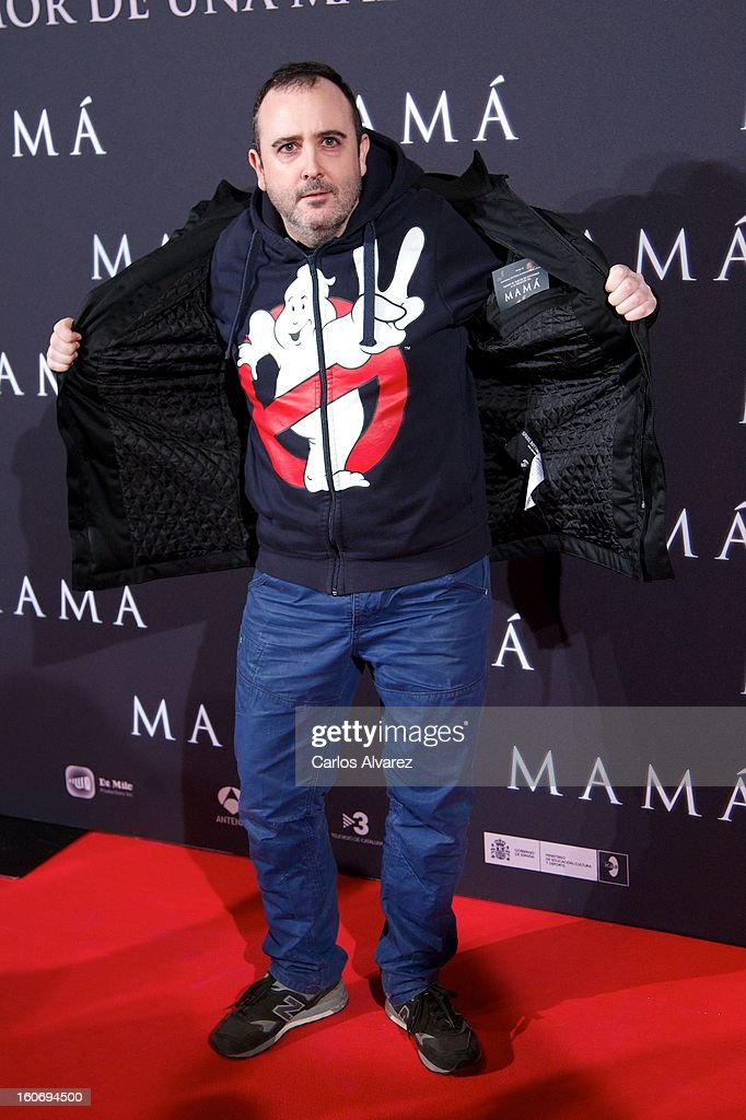 Spanish actor Carlos Areces attends the 'Mama' premiere at the Callao cinema on February 4, 2013 in Madrid, Spain.