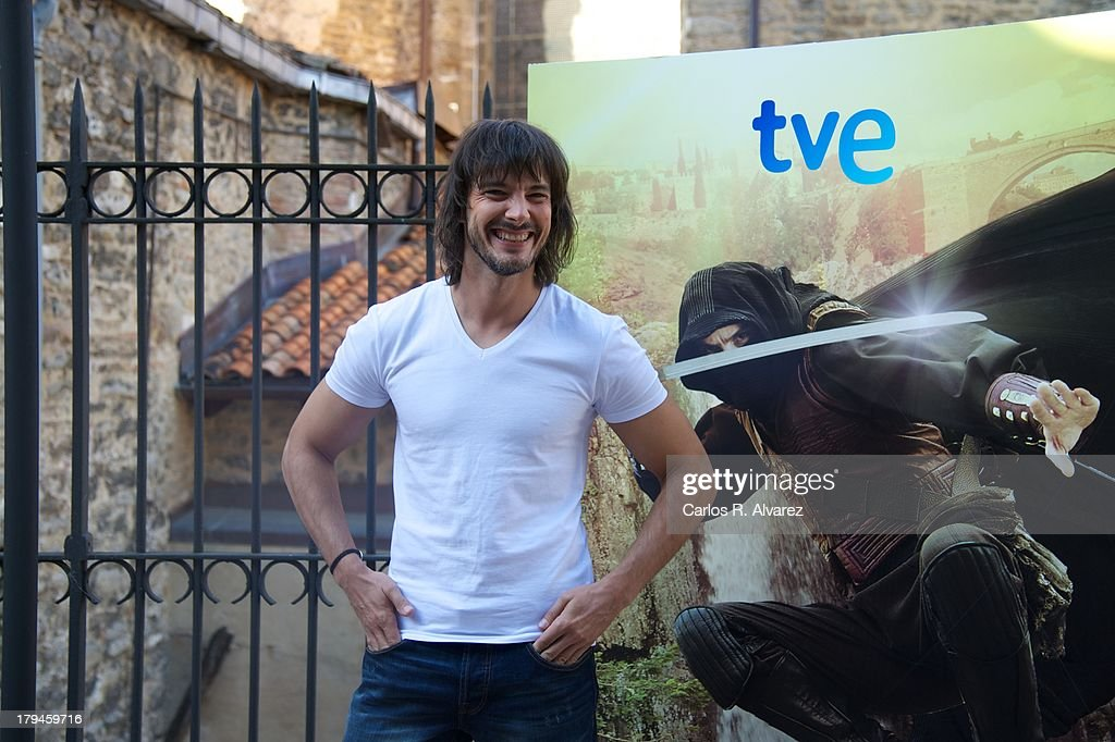 Spanish actor David Janer attends the 'Aguila Roja' new season presentation during the day three of 5th FesTVal Television Festival 2013 at the Villa Suso Palace on September 4, 2013 in Vitoria-Gasteiz, Spain.