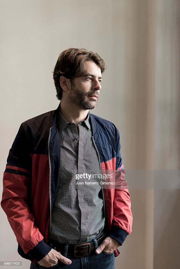Spanish actor <a gi-track='captionPersonalityLinkClicked' href=/galleries/search?phrase=Eduardo+Noriega&family=editorial&specificpeople=790357 ng-click='$event.stopPropagation()'>Eduardo Noriega</a> poses during a portrait session during promotion of the film 'Nuestros Amantes' on May 31, 2016 in Madrid, Spain.