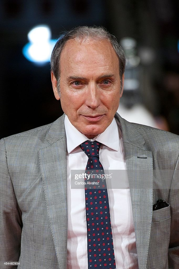 Spanish actor Eusebio Poncela attends 'Isabel' 3th season premiere at the Principal Theater during the FesTVal 2014 day 1 on September 1, 2014 in Vitoria-Gasteiz, Spain.