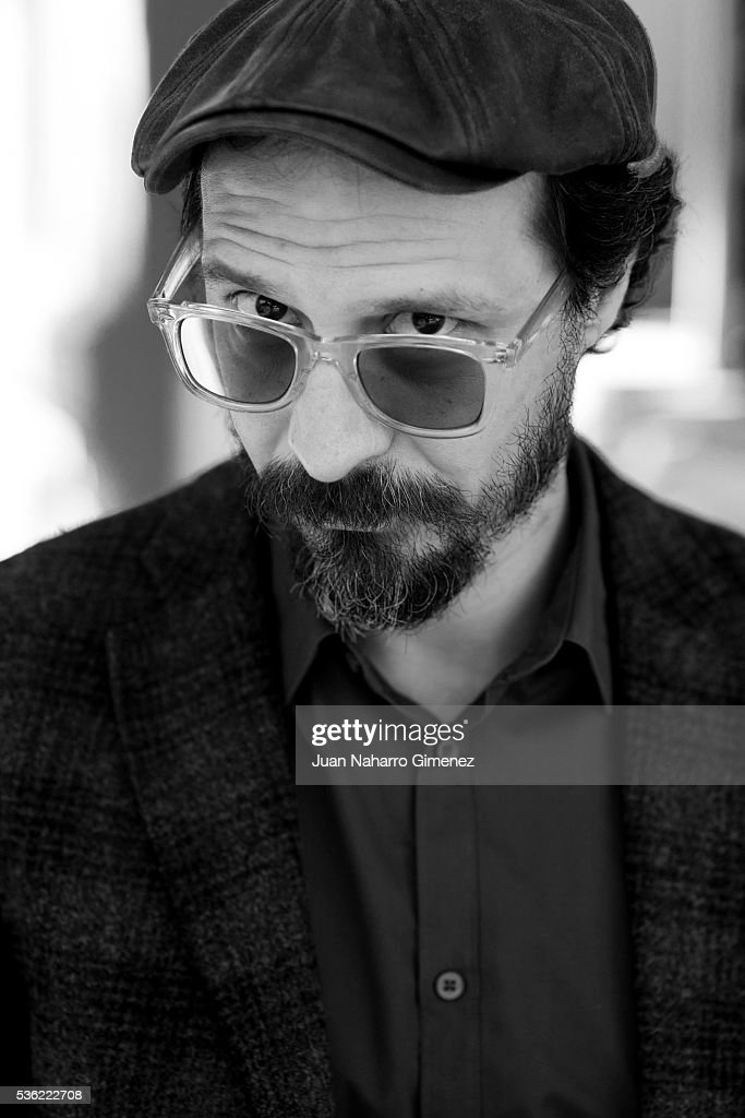 Spanish actor <a gi-track='captionPersonalityLinkClicked' href=/galleries/search?phrase=Fele+Martinez&family=editorial&specificpeople=220546 ng-click='$event.stopPropagation()'>Fele Martinez</a> poses during a portrait session during promotion of the film 'Nuestros Amantes' on May 31, 2016 in Madrid, Spain.