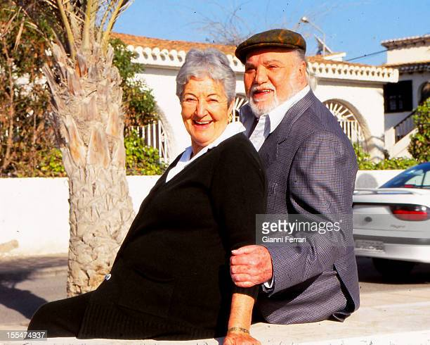 Spanish actor Francisco Rabal with his wife Asuncion in front of their Country House of Aguilas Third January 2000 Aguilas Murcia Spain