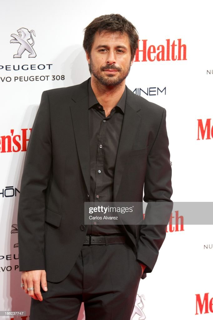 Spanish actor <a gi-track='captionPersonalityLinkClicked' href=/galleries/search?phrase=Hugo+Silva&family=editorial&specificpeople=605764 ng-click='$event.stopPropagation()'>Hugo Silva</a> attends Men's Health Awards 2013 at the Canal Theater on October 29, 2013 in Madrid, Spain.