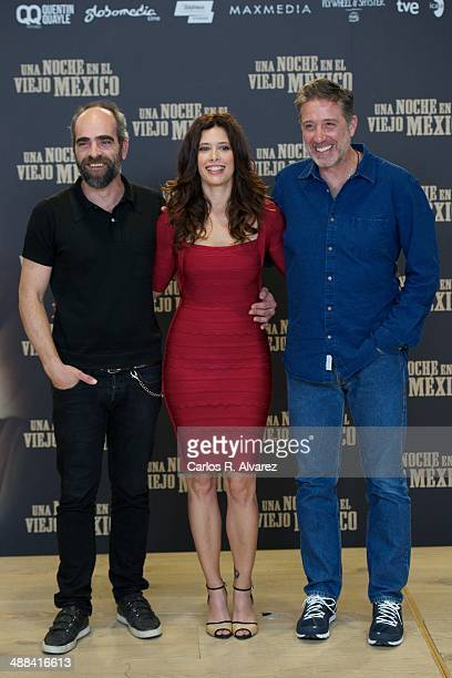 Spanish actor Luis Tosar Colombian actress Angie Cepeda and Spanish director Emilio Aragon attend the 'A Night in Old Mexico' photocall at the...