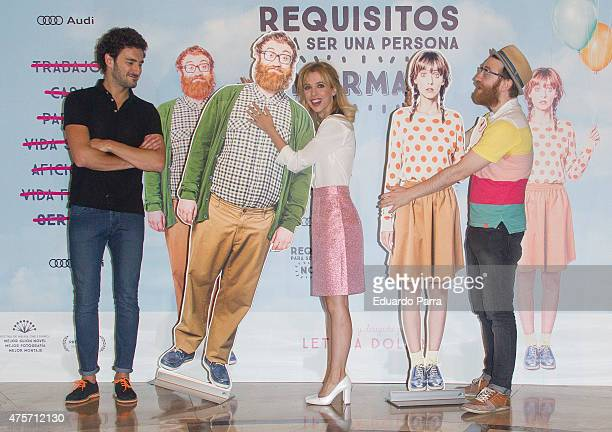 Spanish actor Miki Esparbe actress and director Leticia Dolera and actor Manuel Burque attend the photocall for the movie 'Requisitos para ser una...