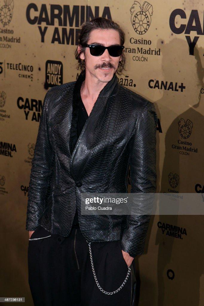Spanish actor Oscar Jaenada attends the 'Carmina y Amen' premiere at the Callao cinema on April 28, 2014 in Madrid, Spain.