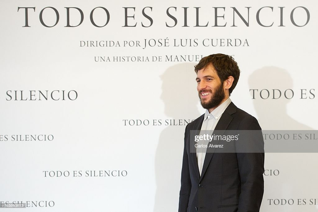 Spanish actor Quim Gutierrez attends the 'Todo es Silencio' photocall at the Palafox cinema on November 5, 2012 in Madrid, Spain.