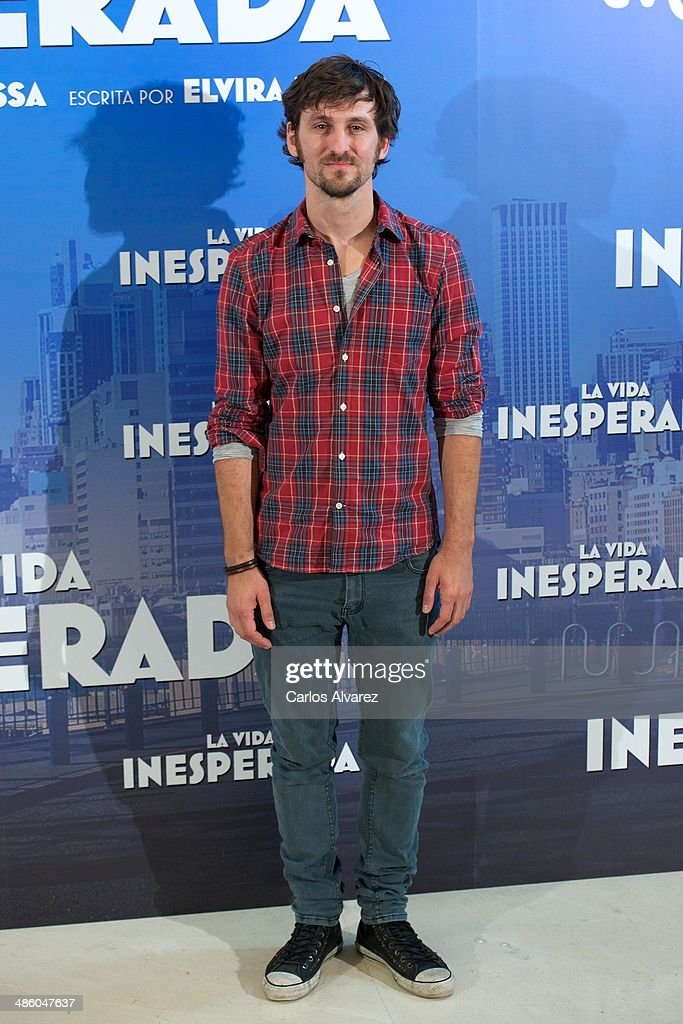 Spanish actor Raul Arevalo attends the 'La Vida Inesperada' photocall at the Hesperia Hotel on April 22, 2014 in Madrid, Spain.
