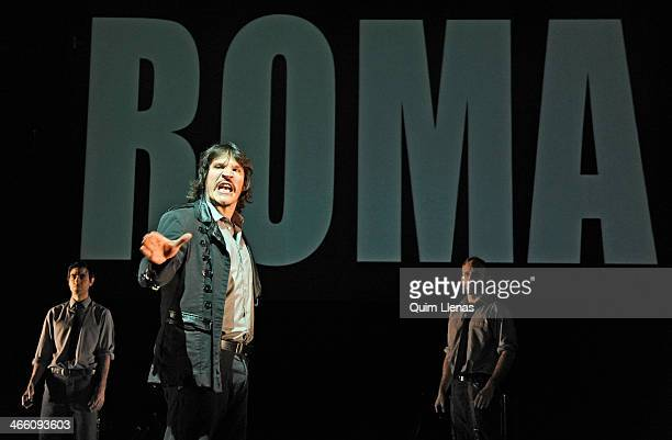 Spanish actor Sergio PerisMencheta and cast perform during the dress rehearsal of Shakespeare's 'Julio Cesar' play on stage at Bellas Artes Theatre...