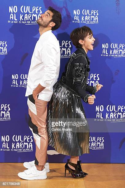 Spanish actors Alex Garcia and Veronica Echegui attend 'No Culpes al Karma De lo Que Te Pasa Por Gilipollas' photocall at El Paracaidista Club on...