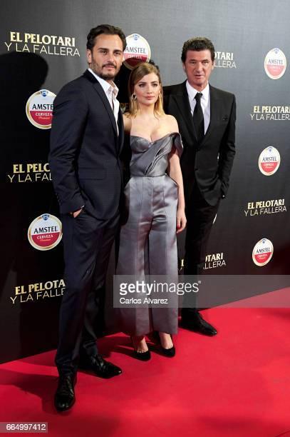 Spanish actors Asier Etxeandia Miriam Giovanelli and director Julio Medem attend 'El Pelotari Y La Fallera' premiere at the Callao cinema on April 5...