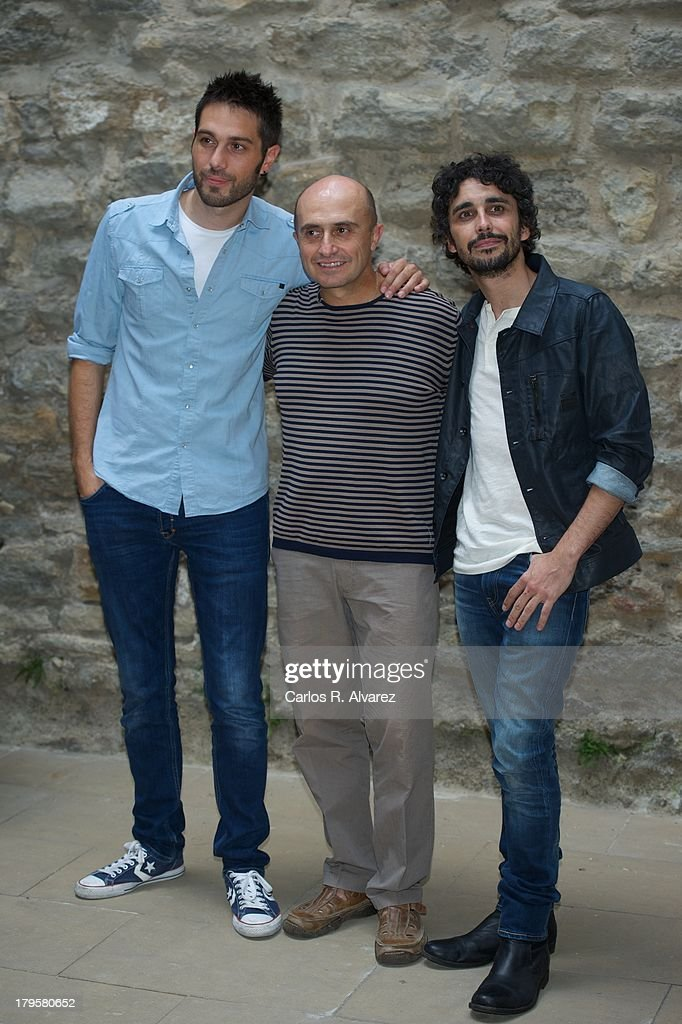 Spanish actors Dani Martinez (L) Pepe Viyuela (C) and Canco Rodriguez (R) attend the 'Aida' new season presentation during the day four of 5th FesTVal Television Festival 2013 at the Villa Suso Palace on September 5, 2013 in Vitoria-Gasteiz, Spain.