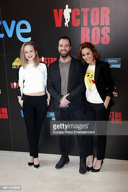 Spanish actors Esmeralda Moya Carles Francino and Megan Montaner attend the presentation of 'Victor Ros' Tv serie on January 9 2015 in Madrid Spain