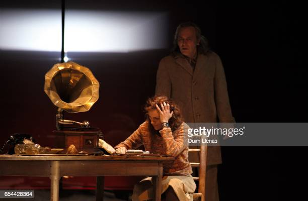 Spanish actors Jose Coronado and Angela Villar perform during the dress rehearsal of the play 'Ushuaia' by Alberto Conejero on stage at the Espanol...
