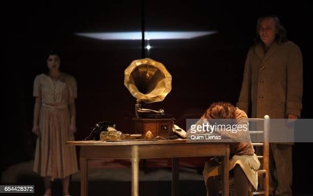 Spanish actors Olivia Delcan Jose Coronado and Angela Villar perform during the dress rehearsal of the play 'Ushuaia' by Alberto Conejero on stage at...