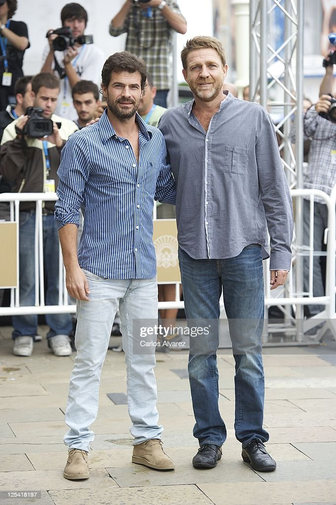 ¿Cuánto mide Rodolfo Sancho? Spanish-actors-rodolfo-sancho-and-juanjo-artero-arrive-at-the-maria-picture-id125418197