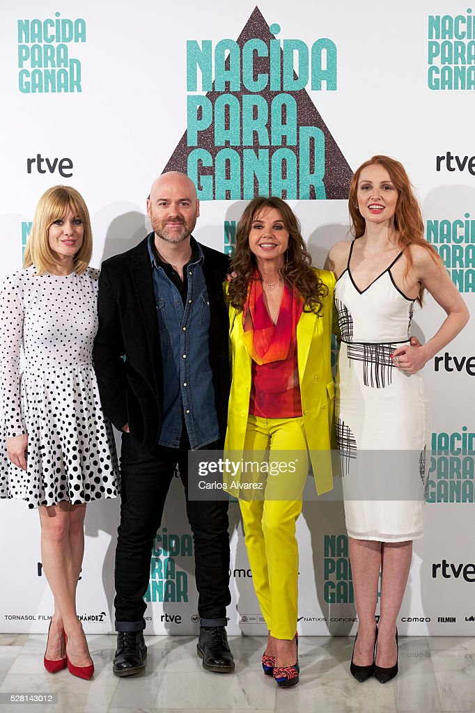 Spanish actress <a gi-track='captionPersonalityLinkClicked' href=/galleries/search?phrase=Alexandra+Jimenez&family=editorial&specificpeople=4571095 ng-click='$event.stopPropagation()'>Alexandra Jimenez</a>, director Vicente Villanueva and actressses <a gi-track='captionPersonalityLinkClicked' href=/galleries/search?phrase=Victoria+Abril&family=editorial&specificpeople=211257 ng-click='$event.stopPropagation()'>Victoria Abril</a> and Cristina Castano attend 'Nacidas Para Ganar' photocall at the Eurobuilding Hotel on May 04, 2016 in Madrid, Spain.