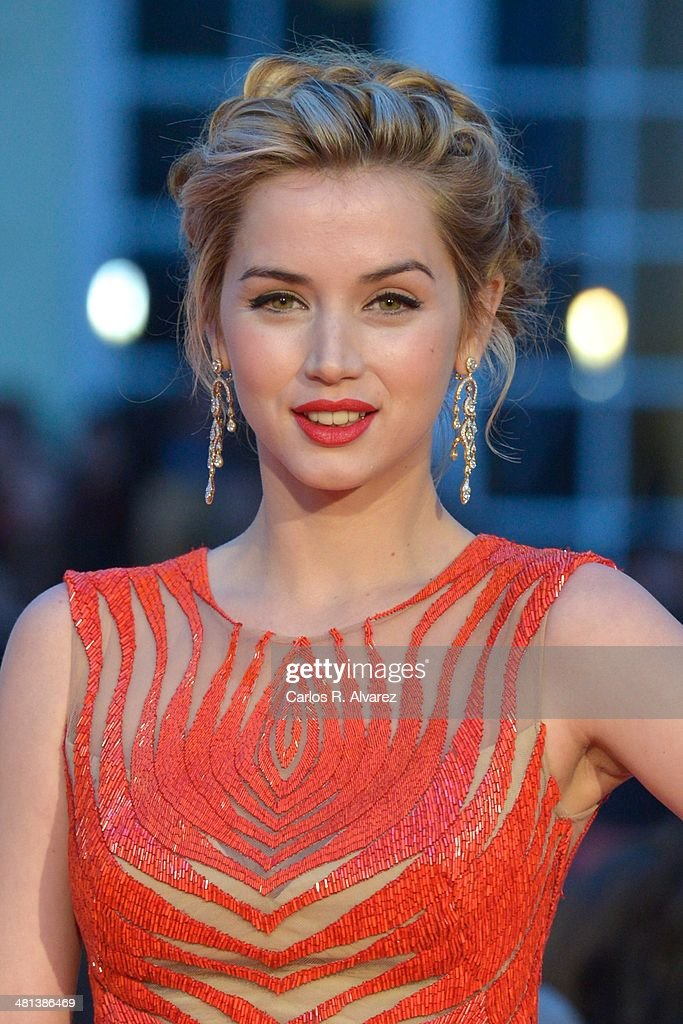 Spanish actress <a gi-track='captionPersonalityLinkClicked' href=/galleries/search?phrase=Ana+de+Armas&family=editorial&specificpeople=4708286 ng-click='$event.stopPropagation()'>Ana de Armas</a> attends the 17th Malaga Film Festival 2014 closing ceremony at the Cervantes Theater on March 29, 2014 in Malaga, Spain.
