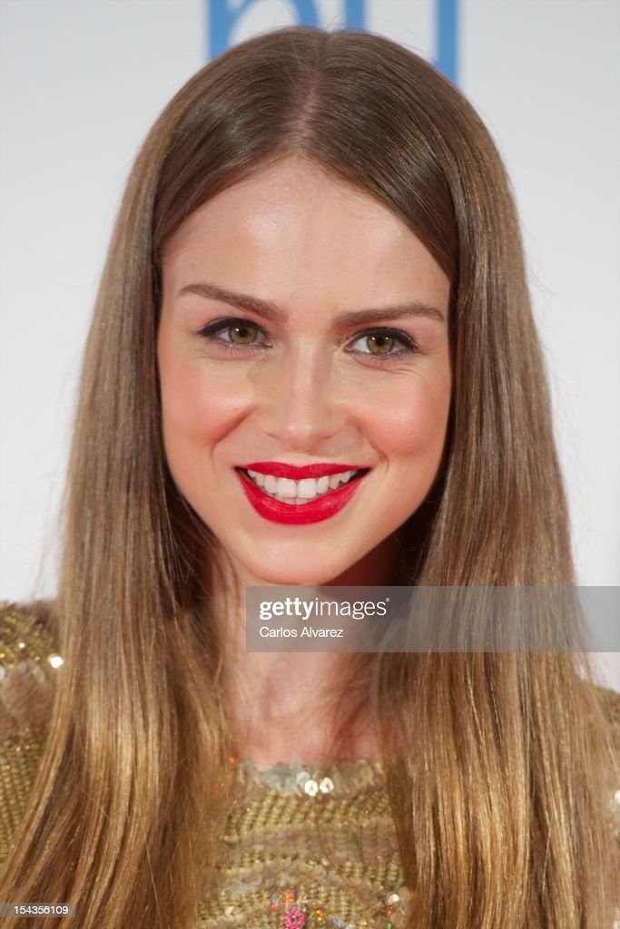 Spanish actress Carla Nieto attends 'Yo Dona Magazine' pink number hosted by Swarovski at NH Eurobuilding Hotel on October 18, 2012 in Madrid, Spain.