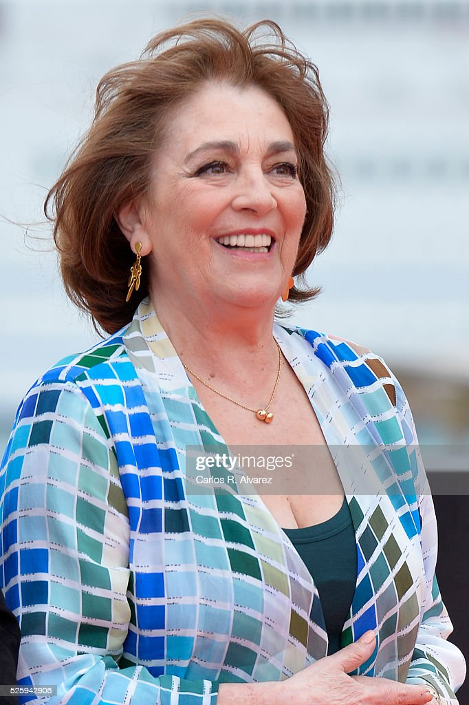 Spanish actress <a gi-track='captionPersonalityLinkClicked' href=/galleries/search?phrase=Carmen+Maura&family=editorial&specificpeople=577903 ng-click='$event.stopPropagation()'>Carmen Maura</a> attends 'El Futuro Ya No Es Lo Que Era' photocall during the Malaga Film Festival on April 29, 2016 in Malaga, .