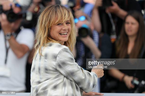 Spanish actress Emma Suarez poses on May 20 2017 during a photocall for the film 'April's Daughters' at the 70th edition of the Cannes Film Festival...