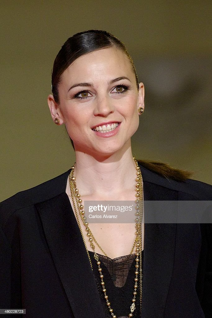 Spanish actress <a gi-track='captionPersonalityLinkClicked' href=/galleries/search?phrase=Leonor+Watling&family=editorial&specificpeople=453297 ng-click='$event.stopPropagation()'>Leonor Watling</a> attends the 'Amor en su Punto' premiere during the 17th Malaga Film Festival at the Cervantes Theater on March 23, 2014 in Malaga, Spain.