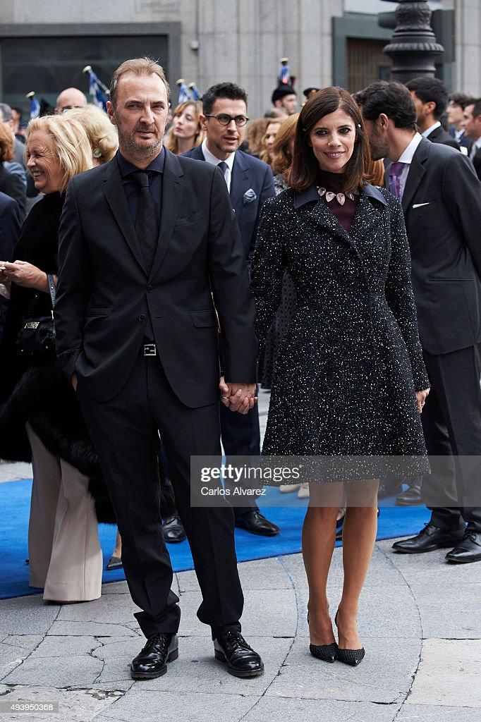 Spanish actress Maribel Verdu and husband Pedro Larranaga arrive to the Campoamor Theater for the Princess of Asturias Award 2015 ceremony on October...