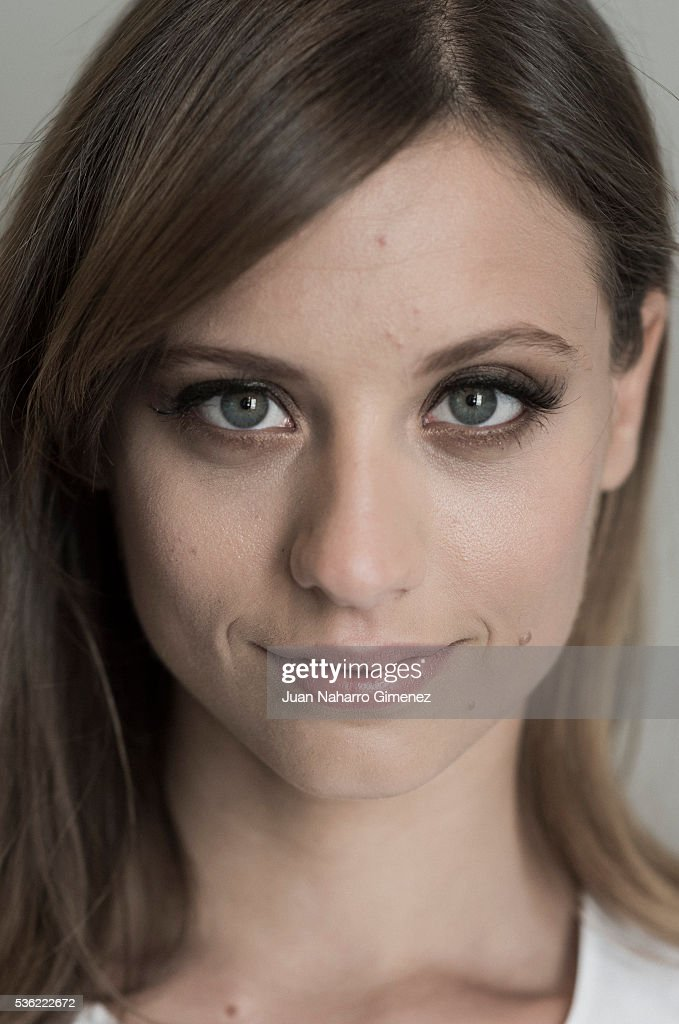 Spanish actress <a gi-track='captionPersonalityLinkClicked' href=/galleries/search?phrase=Michelle+Jenner&family=editorial&specificpeople=4388105 ng-click='$event.stopPropagation()'>Michelle Jenner</a> poses during a portrait session during promotion of the film 'Nuestros Amantes' on May 31, 2016 in Madrid, Spain.