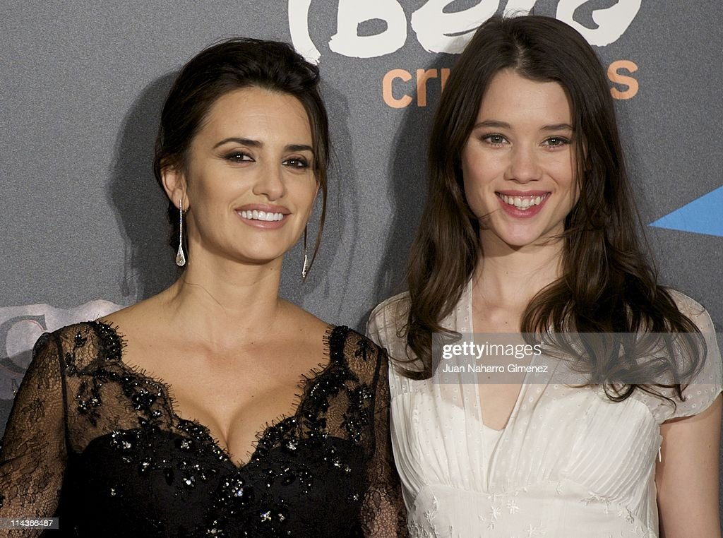Spanish actress Penelope Cruz (L) and Astrid Berges-Frisbey attend 'Pirates Of The Caribbean: On Stranger Tides' (Piratas del Caribe: en Mareas Misteriosas) premiere at Kinepolis Cinema on May 18, 2011 in Madrid, Spain.