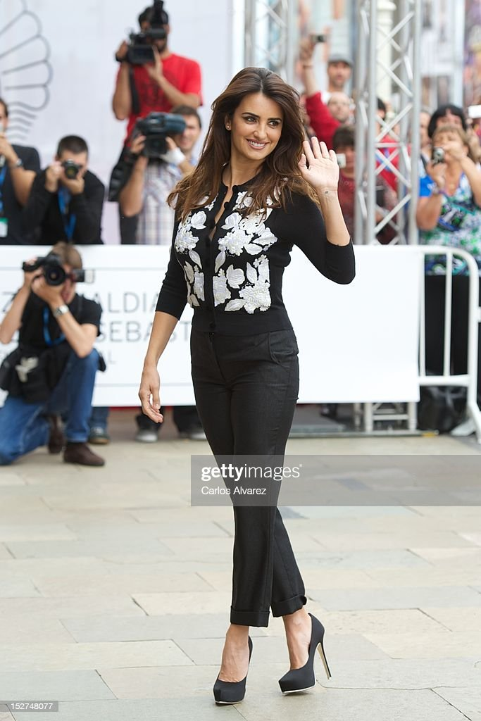 Spanish actress Penelope Cruz arrives at the Maria Cristina Hotel during 60th San Sebastian International Film Festival on September 25, 2012 in San Sebastian, Spain.