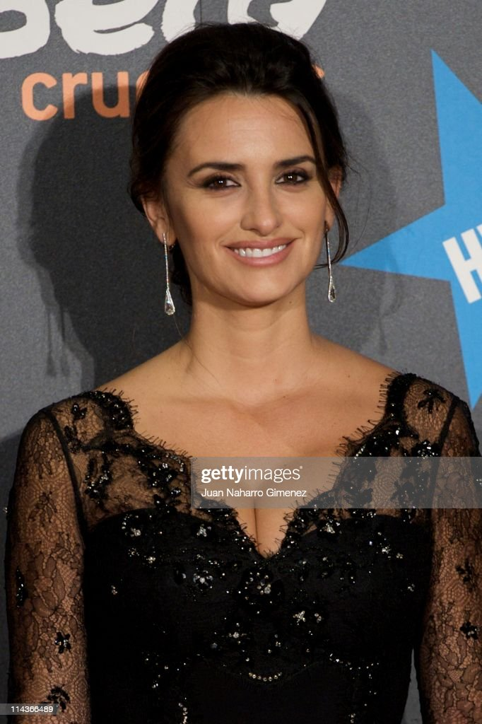 Spanish actress Penelope Cruz attends 'Pirates Of The Caribbean: On Stranger Tides' (Piratas del Caribe: en Mareas Misteriosas) premiere at Kinepolis Cinema on May 18, 2011 in Madrid, Spain.
